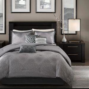 Madison Park  Quinn 7-Pc Comforter set